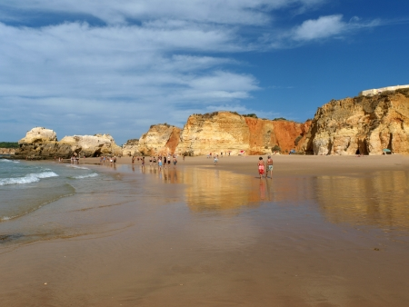 vilamoura: A section of the idyllic Praia de Rocha beach on the Algarve region.  Stock Photo