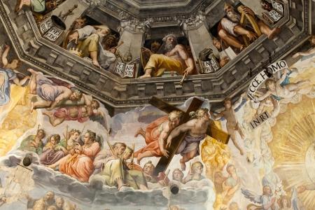 Florence - Duomo Le Jugement Dernier.. A l'intérieur de la coupole: 3600 m2 de fresques, créé par Giorgio Vasari et Federico Zuccari, qui y travaillait 1572-1579. Banque d'images - 19414928