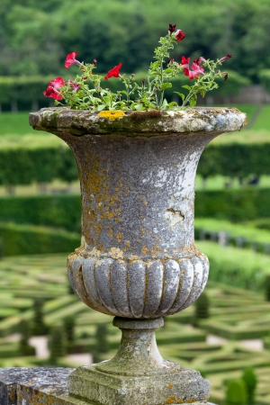 touraine: Splendid, decorative gardens at castles in France
