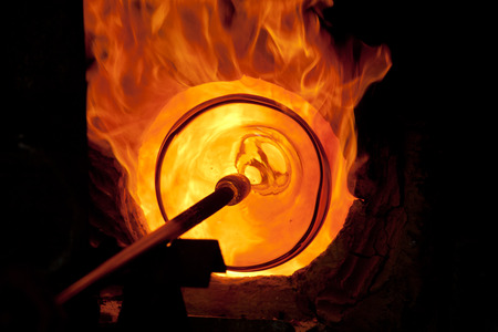 Glass blowing process  Banco de Imagens