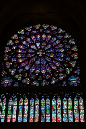 rose window: Parigi, Cattedrale di Notre Dame. Sud transetto rosone. Parigi, Francia
