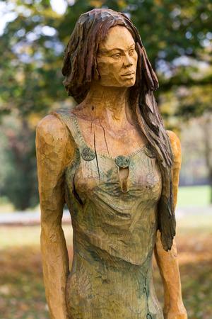 primaeval: Fairy-like wooden figures from primaeval Slawic tales