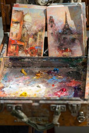 painter palette: Painter Palette at Tertre Square. Montmartre. Paris