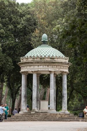 villa borghese: Temple of Diana in garden of Villa Borghese. Rome, Italy