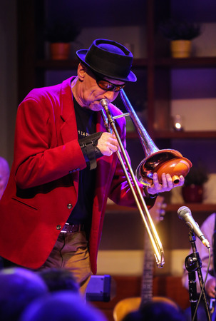 cracow: CRACOW, POLAND - OCTOBER 30, 2015: Boba Jazz Band playing live music at The Cracow Jazz All Souls' Day Festival in Jaszczury Club. Cracow. Poland Editorial