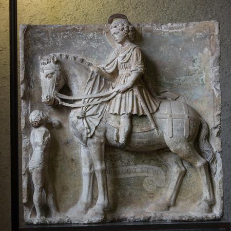 saint martin: VERONA, ITALY - MAY 1, 2016: Saint Martin and the Beggar in Castelvecchio Museum. Verona, Italy Editorial