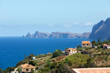 Punkt widokowy na północne wybrzeże Madery w Portugalii