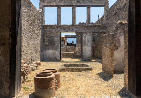 Ancient city of Pompeii, Italy. Roman town destroyed by Vesuvius volcano. Banque d'images