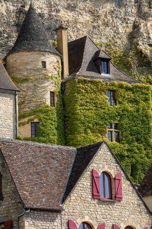 La Roque-Gageac scenic village on the Dordogne river, France Stockfoto