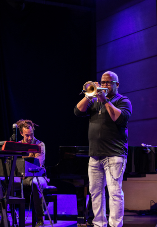 Cracow, Poland - July 17, 2019: Terence Blanchard and The E-Collective on stage in Manggha Museum of Japanese Art and Technology at the Summer Jazz Festival in Krakow. Poland 新聞圖片