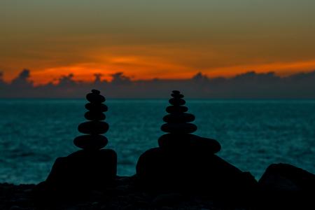 Stonemason in the sunset Standard-Bild - 100585805