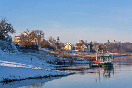 winter on the elbe with a ship ferry Standard-Bild