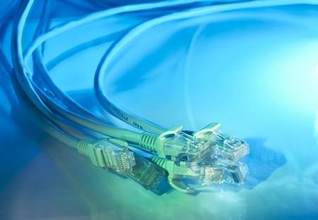 portarretrato de cable de red con antecedentes de fibra óptica