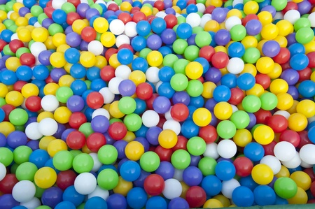 multicolored gumballs: Multi-colored balls