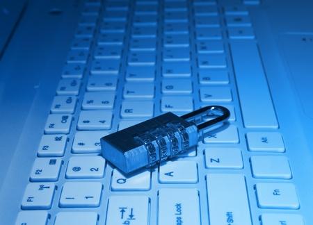 analog�a: bloquear con contrase�a el teclado de la computadora