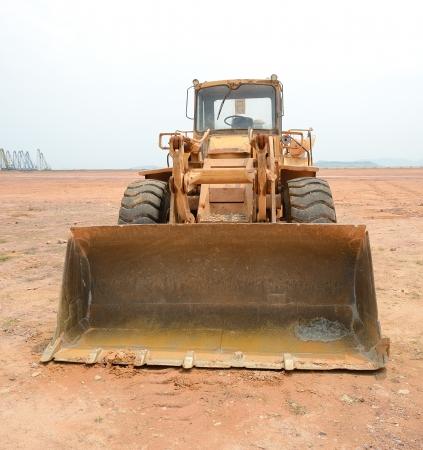 power shovel: bulldozer on a building site