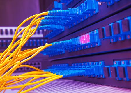 fibra óptica: Conexión a la red
