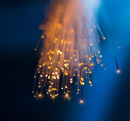 közlés: üvegszálas optikai hálózati kábel Stock fotó