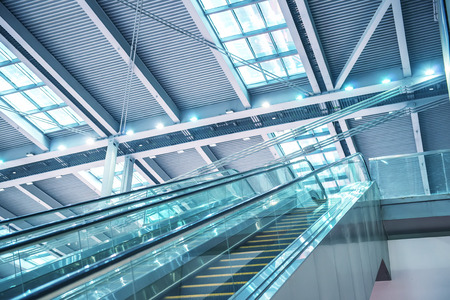 open floor plan: Modern Architecture of airport station