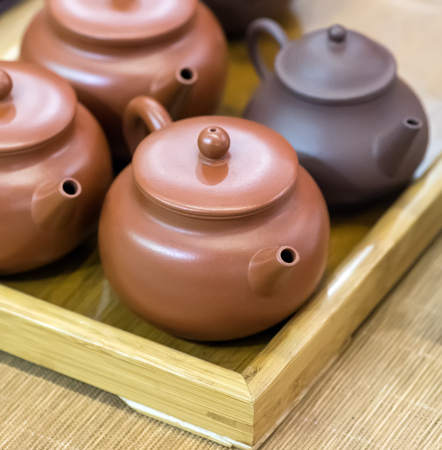 gong bowl: traditional Chinese teapot used in tea ceremony