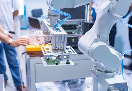 Pneumatic input to robot handle grip handle