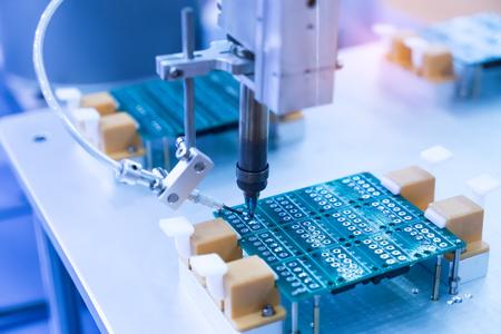자동화 된 납땜 및 조립 PCB 보드의 납땜 인두 팁
