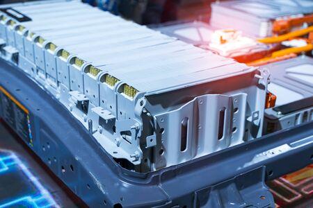 Paquete de baterías de litio para automóviles eléctricos y conexiones de alimentación