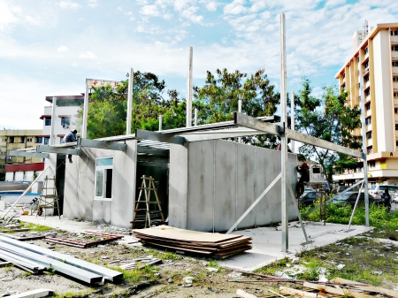Construction of modular house