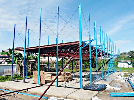 Construction of steel structure frame