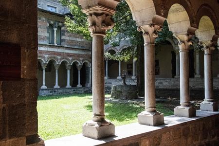 Piona-abdij dichtbij Meer van Como Italië