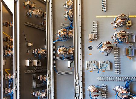 tablero de control: Los viejos fusibles de cer�mica en el panel de control