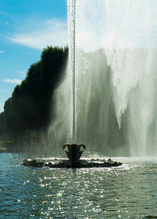 city park fountain: The fountain in the city park of the city of Hanover, Germany