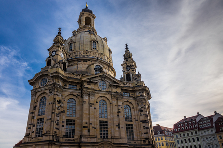 Dresden Frauenkirche in der Stadt Dresden gegen den Himmel.