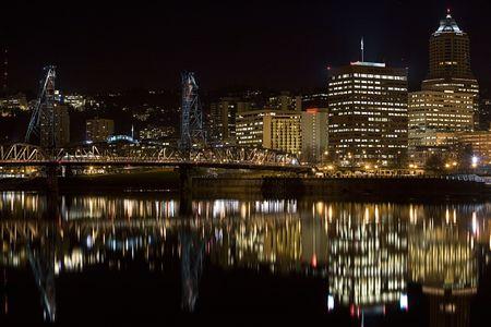 willamette: Night scene of Hawthorne Bridge and Downtown Portland Oregon Stock Photo