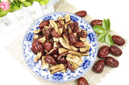 JuJube in a plate on bamboo mat