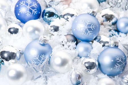 Diverse Christmas ornaments