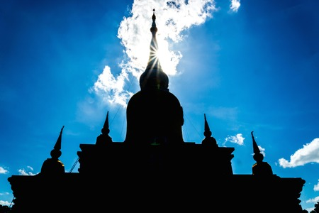 dun: Silhouette Buddhas relics in Thailand, Name is phra tard na dun