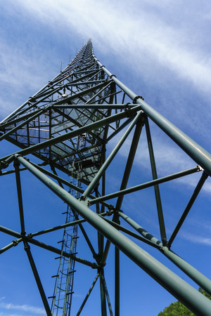 Xichang satellite launch center, communication towers in China Standard-Bild