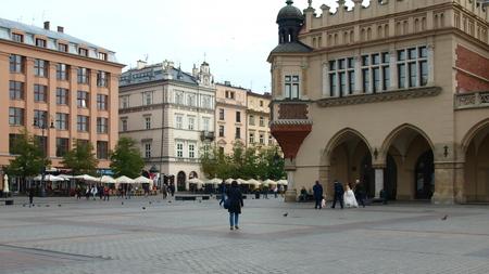 main market: Polonia, Cracovia, ottobre 2014. Piazza del Mercato Editoriali