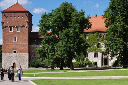 malone: Krakow, Poland, July 28, 2015. Wawel Royal Castle, the seat of Polish kings from the 12th is the 17th century. Ramparts of the southern side.