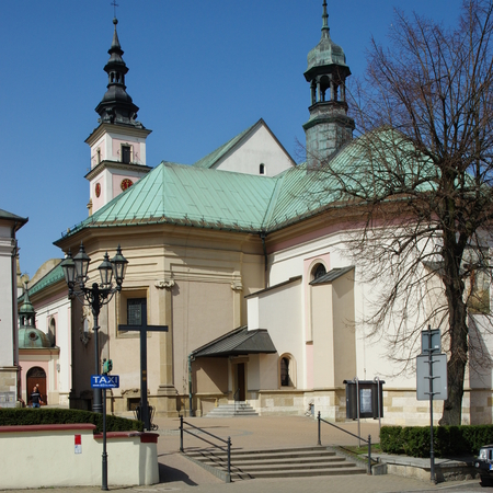 fourteenth: Wieliczka, Poland - April 04, 2016, Sikorski street, St. Clement. Church of the fourteenth century, was destroyed by an earthquake in 1782. On its foundations it was built in the early nineteenth century, the present baroque church.