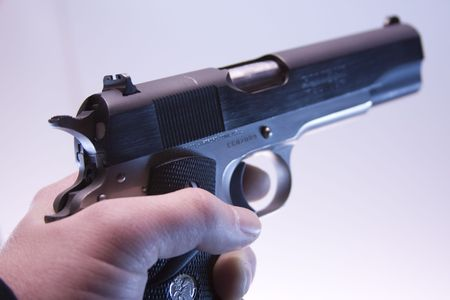 magnum: Semi-automatique de 41 Magnum