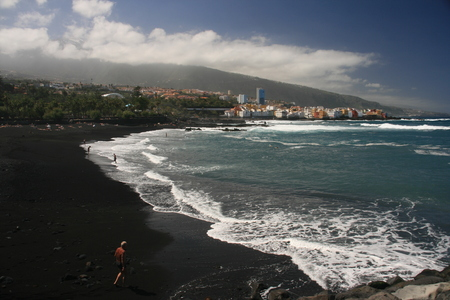 puerto: beach Puerto de la Cruz Tenerife - Spain