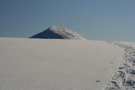 ski traces: Footprints