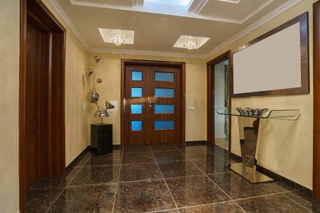 プライベートヴィラのホールと正面玄関 写真素材