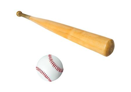 Bate de béisbol y pelota aisladas sobre fondo blanco Foto de archivo