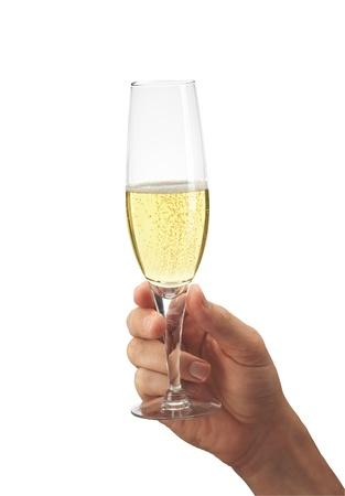 brindisi spumante: Mano dell'uomo con un bicchiere di champagne, isolato su bianco