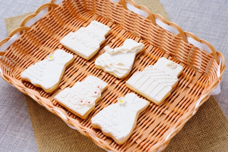 Wedding cakes in white icing in a basket Stock Photo - 16229436