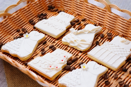 Wedding cakes in white icing in a basket Stock Photo - 16229426
