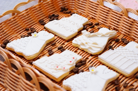Wedding cakes in white icing in a basket Stock Photo - 16229421